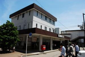 「明大前」駅(カラー)