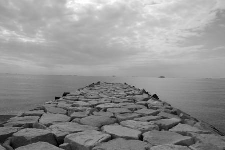 海(2)白黒