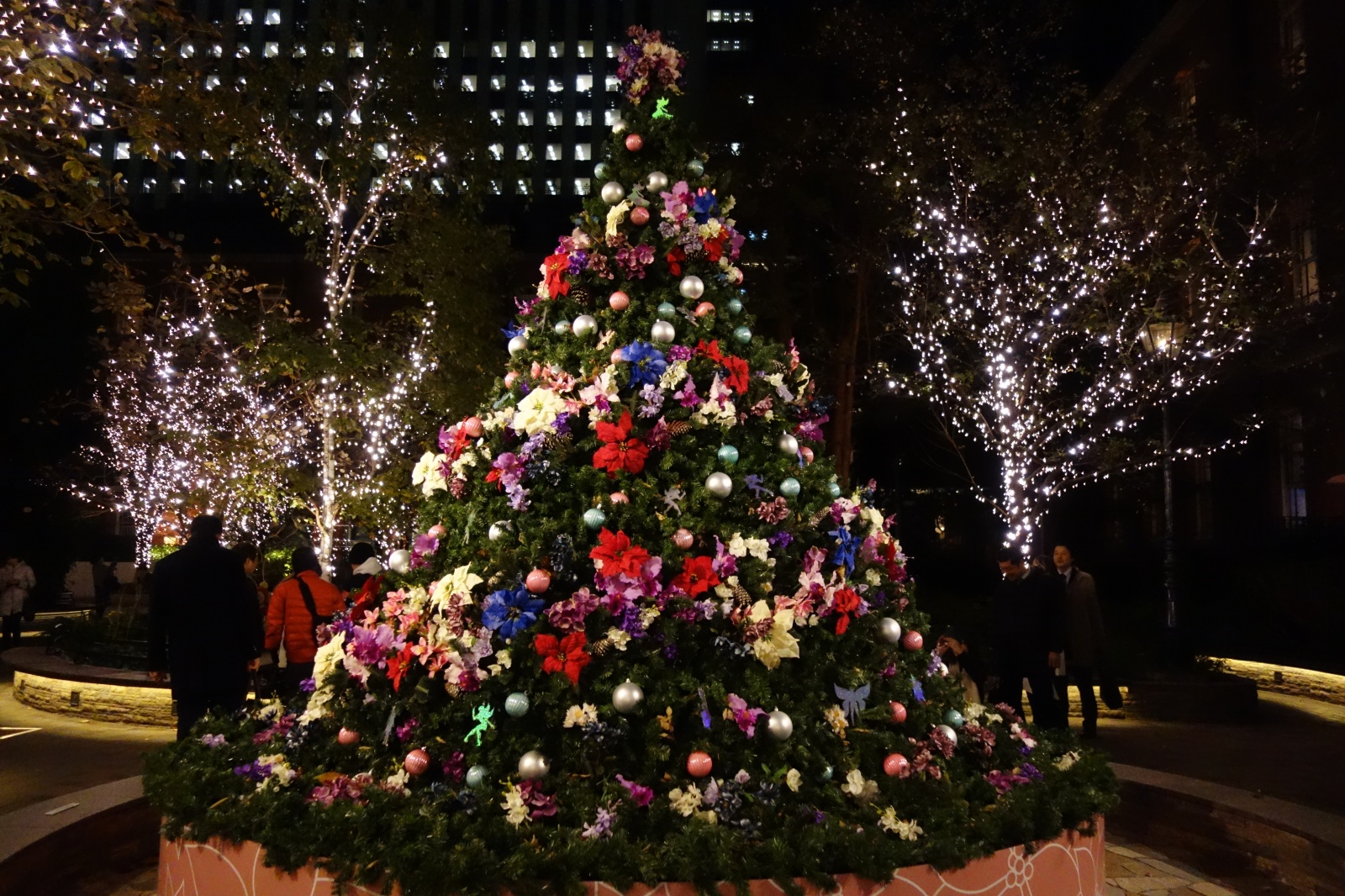 Marunouchi Bright Christmas~不思議なくるみ割り人形の物語~(下)