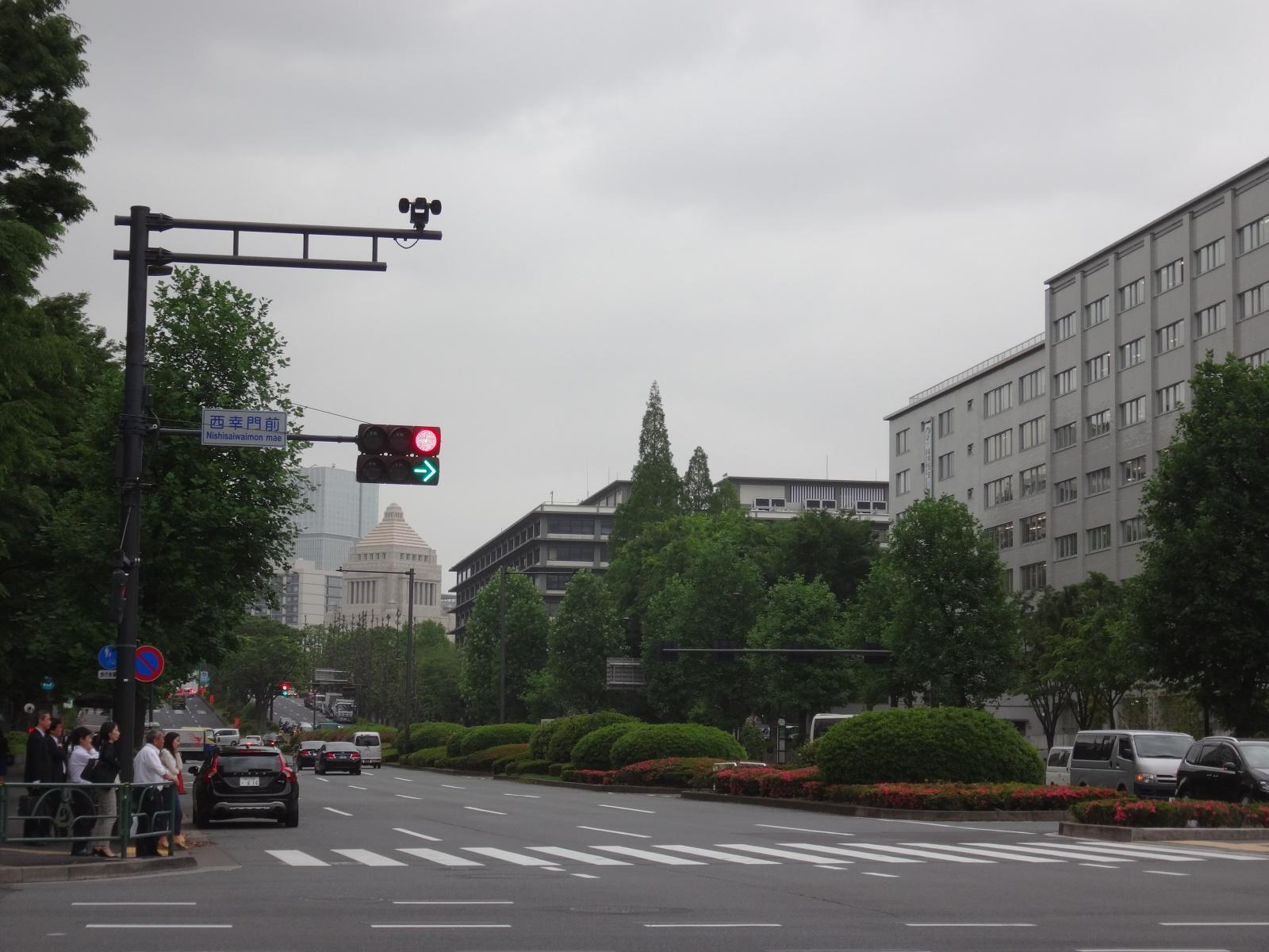 霞ヶ関から国会議事堂1