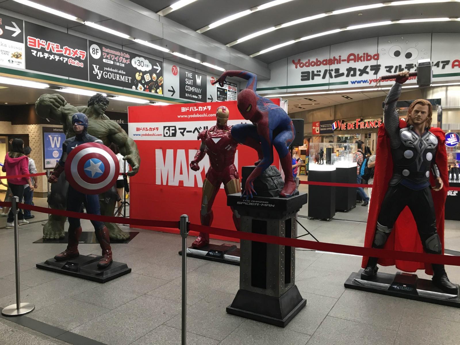 秋葉原でアメリカンヒーローたちが!?