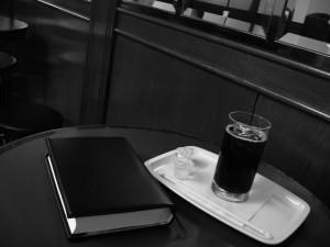 カフェ(白黒)